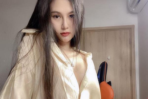 超有料九头身美不胜收!越南美女主播ArBi海量美照赏1