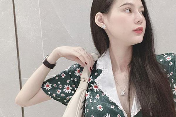 超有料九头身美不胜收!越南美女主播ArBi海量美照赏2